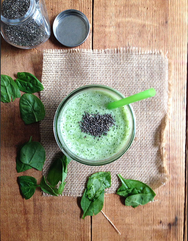hydrating green machine smoothie